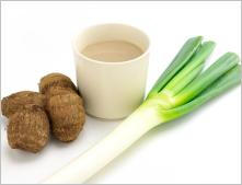 サラダデリマルゴの週替りスープ「里芋と白ネギのポタージュ」